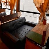 2名様用の窓際席。カップルに大人気!デートの雰囲気が一段とUP♪