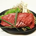 料理メニュー写真肉塊ランプ