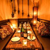 ゆったり落ち着く空間の中で、素材にこだわった料理を楽しみませんか?新宿での女子会や合コン、宴会はMeat House新宿店で♪