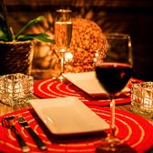 ランチ、カフェ、ディナー、バーと時と共に変わりゆくMeat Houseの姿をお楽しみ下さい♪新宿での女子会や合コン、宴会はMeat House新宿店で♪