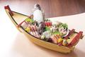 料理メニュー写真イカ釣り漁船の大漁盛り