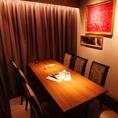 接待などの宴会に。テーブルタイプの個室も完備※個室利用時は別途、500円。(インスタグラムフォローで無料 @meatwinery2)