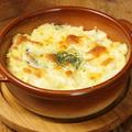 料理メニュー写真ポテトサラダのマヨチーズ焼き