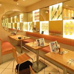 カフェのように居心地のいい店内◎ゆっくりお食事をお楽しみください!