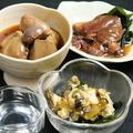 料理メニュー写真つぶ貝わさび/ホタルイカ起沖漬/おつまみ焼豚/長芋短冊