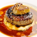 料理メニュー写真牛フィレ肉とフォアグラのロッシーニ
