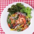 料理メニュー写真エビのトマトクリーム サラダリゾット