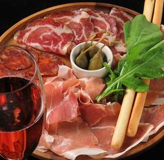 洋食とバル zumiの特集写真