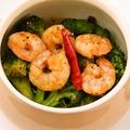 料理メニュー写真ブロッコリーと小海老のアヒージョ