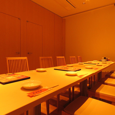 中国家庭料理 東海飯店 上八丁堀店の雰囲気1