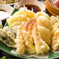 料理メニュー写真天ぷらの盛り合わせ