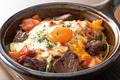 料理メニュー写真牛サガリのチーズ焼きカルボナーラ