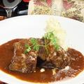 料理メニュー写真神戸牛の赤ワイン煮込み