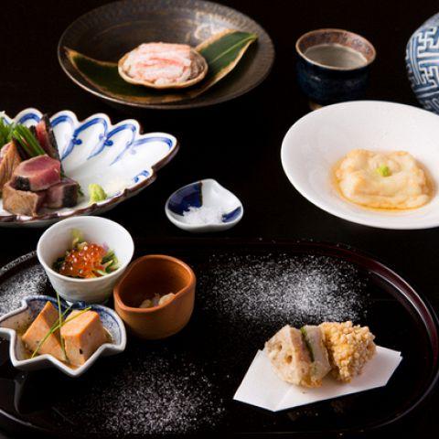 【東銀座】ヘルシー&美味しい野菜料理とワインが楽しめるお店3選