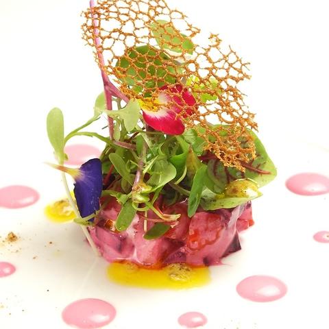 安心・安全な旬の素材を使用した自然派フランス料理。特別な日にご利用下さい