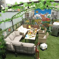 コロナ対策万全の屋上バーベキュースペース!オープンエアの空間でお酒と食事をお楽しみください♪