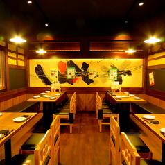 当店は要ご相談で貸切にも対応しております。ご予約の際に人数などをお教えください。歓迎会や送別会、二次会や同窓会など大人数での宴会・飲み会に最適です♪姫路で貸切宴会なら、焼き鳥や日本酒が自慢の和食居酒屋 播州 炭右衛門に是非ご来店ください。