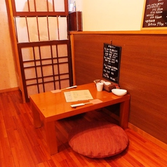 2名のテーブル席はデートにも♪大きなお店ではないので、ゆっくり、ゆったり出来ちゃいます!