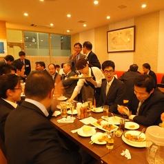 10~50名席、席配置はお気軽にご相談下さい。大人数での同窓会に大変便利です。