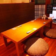 テーブルはレイアウト変更可能!お店一軒まるごと貸切も承ります。