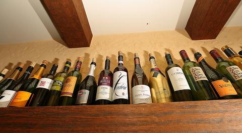 ワインに合う和風・洋風の料理が楽しめます。会社帰りに、気軽に立ち寄れるお店です。