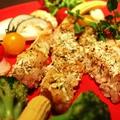 料理メニュー写真ミラノ風ジューシー田舎鶏のオーブングリル~彩り野菜を添えて~