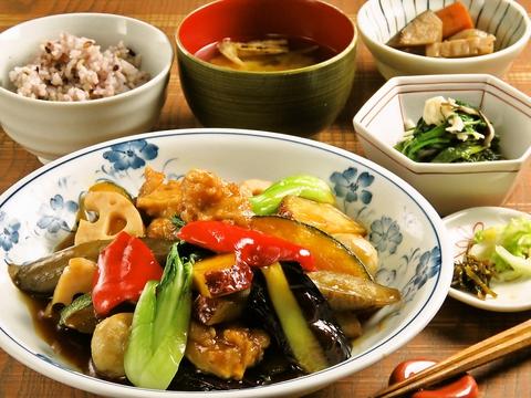 旬食堂キャトルセゾン ゆめタウン久留米店