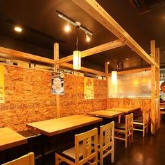 居心地のいいテーブル席☆今日も賑わってますよ!大井町駅で居酒屋をお探しでしたら、とりいちず 大井町西口店にご来店ください◎~水炊き・焼鳥 とりいちず 大井町西口店~