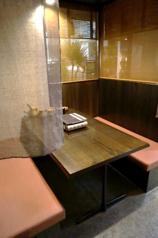 和風モダンなテーブル席