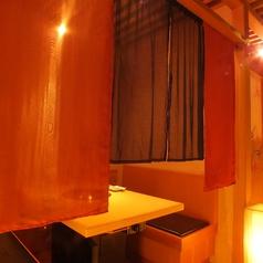 暖簾で仕切られた半個室1階:テーブル半個室