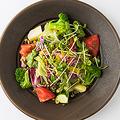 料理メニュー写真●15品目野菜と雑穀のファーマーズサラダ