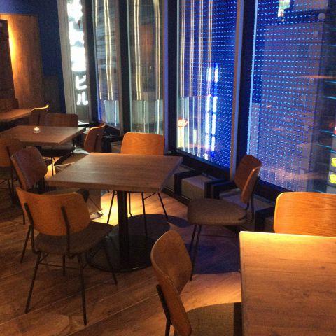 夜景を見ながら、自慢の一品に舌鼓♪~dining lounge concept B~