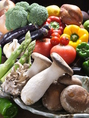 【旬野菜♪】馬肉と一緒に食べて頂きたいのが≪お野菜≫!旬ごとに仕入れを変えているのと、新鮮な物のみを仕入れています☆