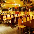 19)ダイニングテーブル席。50~60名様用