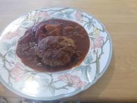 選べるランチ/煮込みハンバーグ