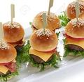 料理メニュー写真オリジナルミニハンバーガー
