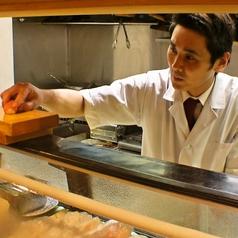 カウンターは寿司屋の醍醐味です。