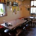 リーズナブルで美味しいお料理をゆったりテーブル席でお楽しみください!