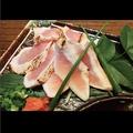料理メニュー写真(宮崎産)元気地鶏のタタキ