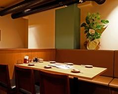 <6名テーブル×1卓>ございます。プチ宴会や女子会にもおすすめ♪
