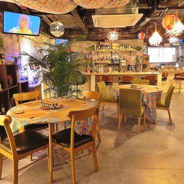 沖縄美ら海鉄板焼き居酒屋 SUNSETの雰囲気1