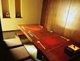 テーブル席は、4名席×4卓、7名席×1卓あり