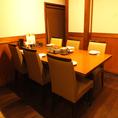 6名様用テーブル席♪女子会やママ会にもピッタリです!
