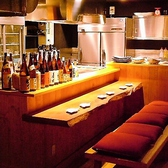 鉄板焼きの調理風景をライブで楽しめるカウンター席★