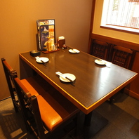 テーブル個室は4名様用