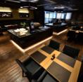 専属デザイナー監修による洗練された至高の空間で、おいしい肉料理とワインで特別な時間をお過ごし下さい。
