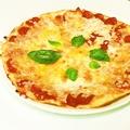 料理メニュー写真マルゲリータ(トマト、バジル)