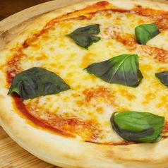 料理メニュー写真フレッシュバジルのマルゲリータ