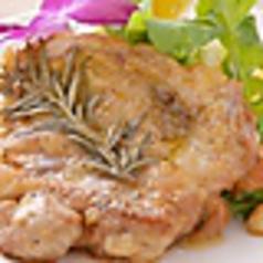 大山鶏の香草オーブン焼き