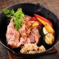 料理メニュー写真三元豚白王の低温調理グリル